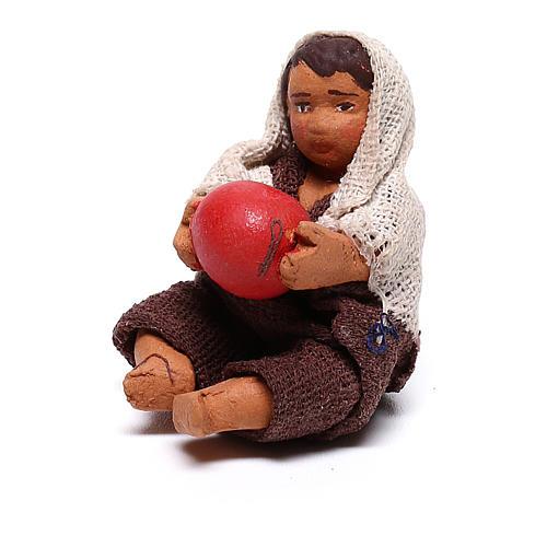 Fanciullo con palla seduto 10 cm presepe napoletano 2