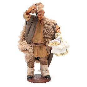 Hombre con sombrero y cesta ajo 14 cm belén s1