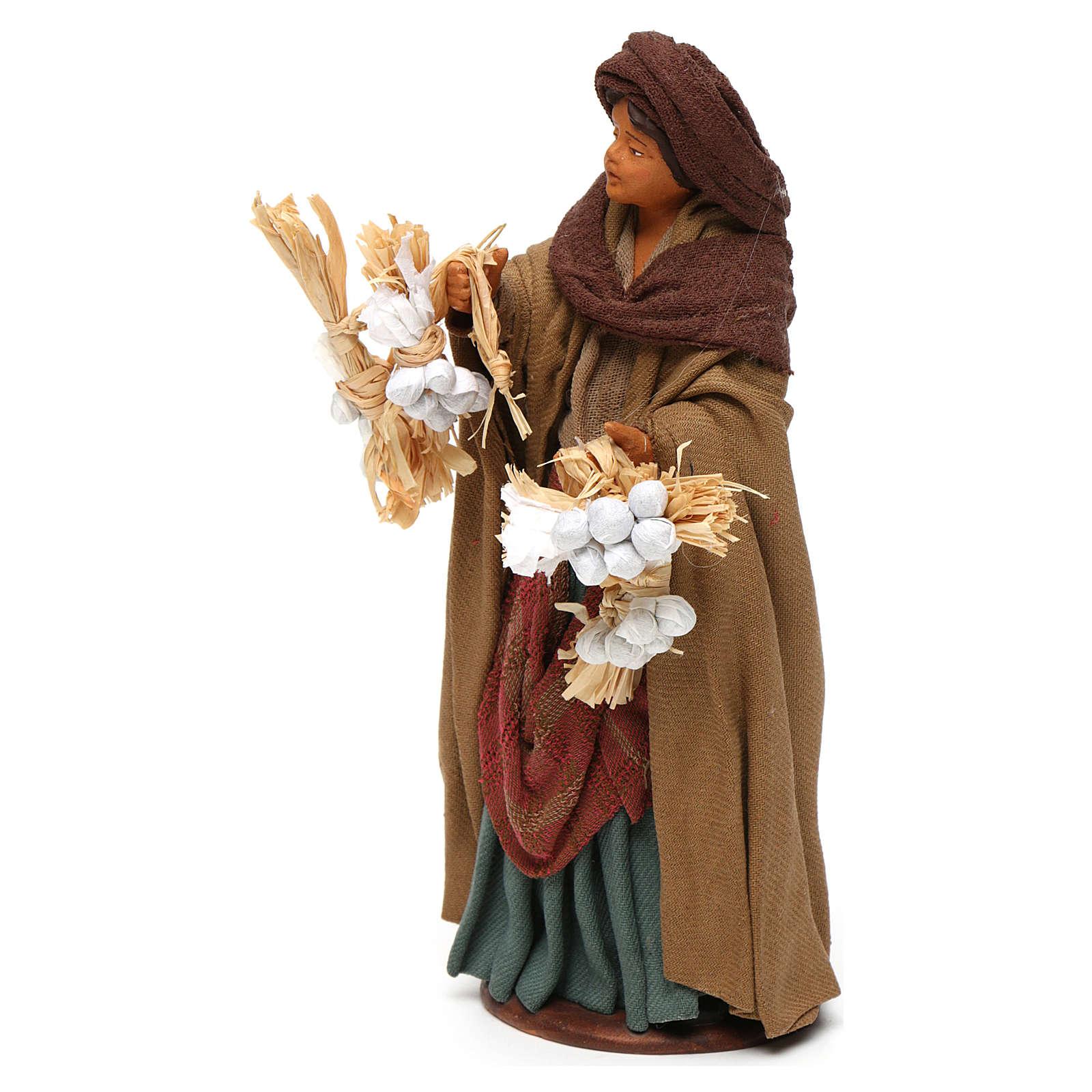 Donna ceppi aglio in mano 14 cm presepe napoletano 4
