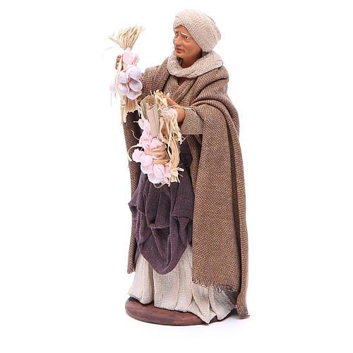 Donna ceppi aglio in mano 14 cm presepe napoletano 2