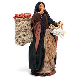 Donna sacco mele e ceppo in mano 14 cm presepe Napoli s4