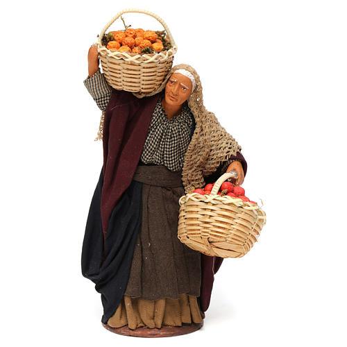 Mulher cesta de fruta na mão para presépio napolitano com peças de 14 cm altura média 1