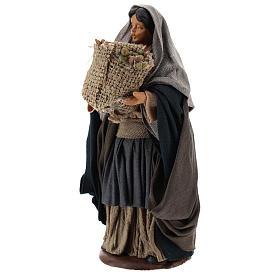 Mujer con saco de semillas en mano 14 cm s3
