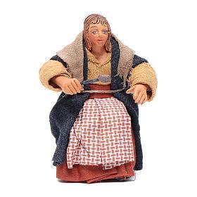 Donna con cucchiaio per tavolata 10 cm presepe Napoli s1
