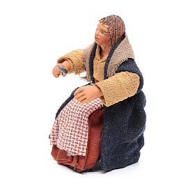 Donna con cucchiaio per tavolata 10 cm presepe Napoli s2