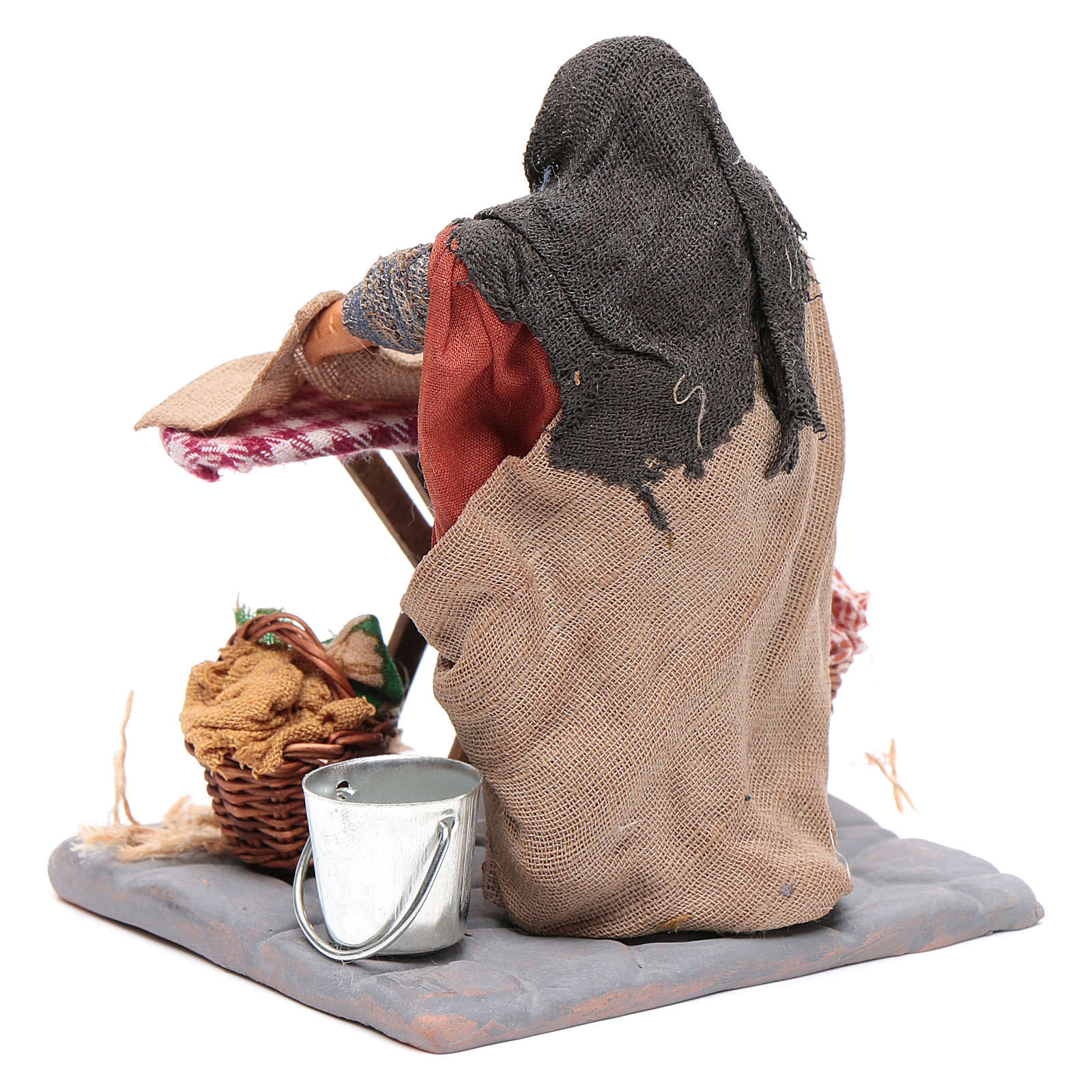 Woman ironing 10cm, Neapolitan Nativity figurine 4