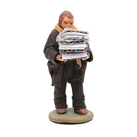 Man carryin books 10cm, Neapolitan Nativity figurine s1