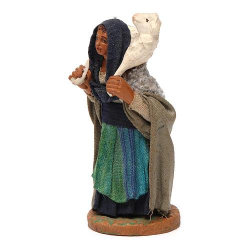 Mujer con oveja sobre los hombros 10 cm Belén napolitano 2