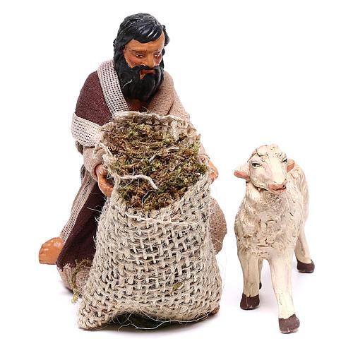 Kneeling man feeding sheep 13 cm, Neapolitan Nativity figurine 2