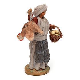 Donna con gallina appesa e cesto di uova 12 cm presepe napoletano s3