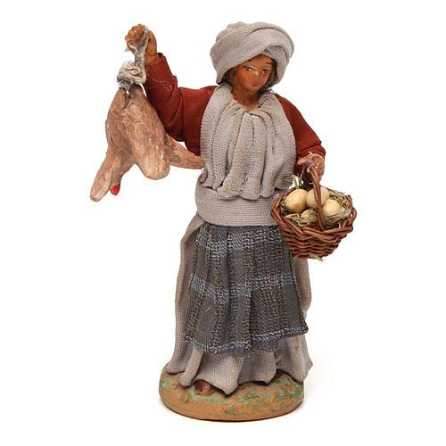 Donna con gallina appesa e cesto di uova 12 cm presepe napoletano 1