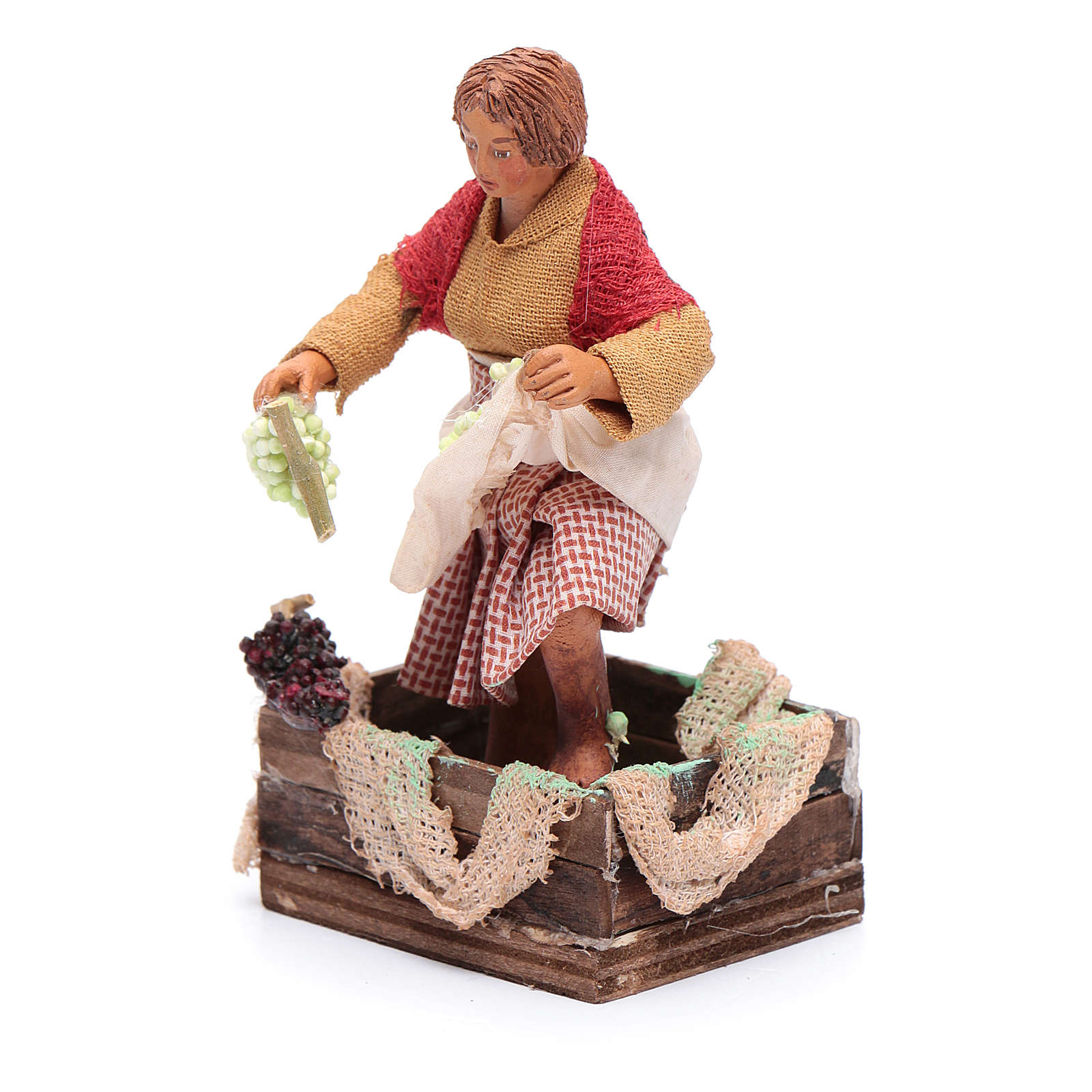 Donna mentre pigia uva 12 cm presepe napoletano 4