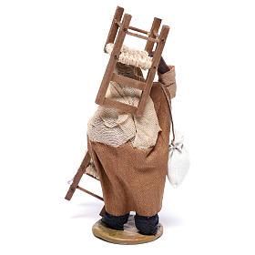Hombre árabe con silla en la cabeza y en mano 12 cm belén Nápoles s5