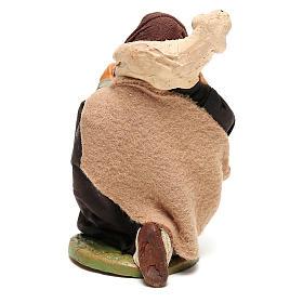 Pastore in ginocchio con pecora sulle spalle 12 cm presepe Napoli s4