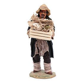 Uomo con cassetta in mano 24 cm presepi napoletani s1