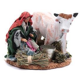 Neapolitan Nativity Scene: Woman sitting with a bucket and cow 8 cm for Neapolitan nativity scene