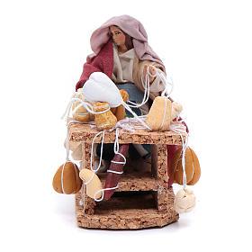 Crèche Napolitaine: Femme avec charcuterie et fromage 8 cm crèche napolitaine