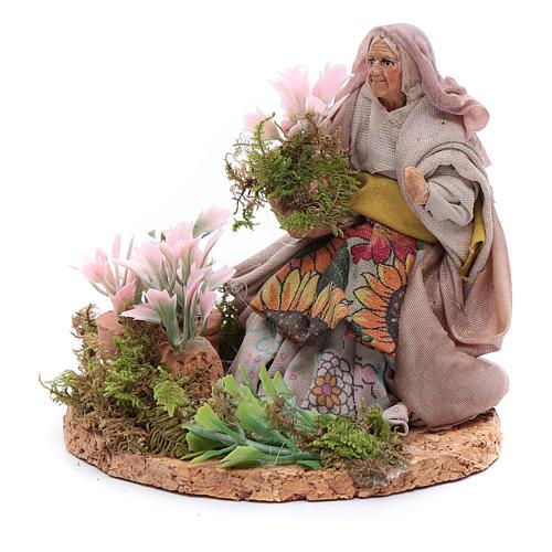 Fioraia donna anziana 8 cm presepe napoletano 2