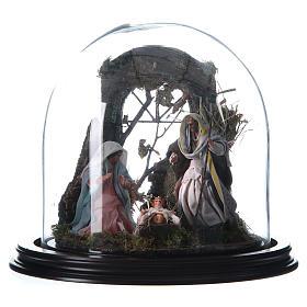 Natività con parete di stalla e angelo - cupola di vetro presepe Napoli s1