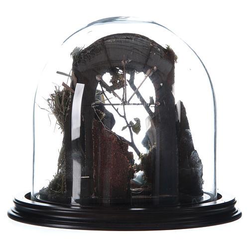 Natività con parete di stalla e angelo - cupola di vetro presepe Napoli 3