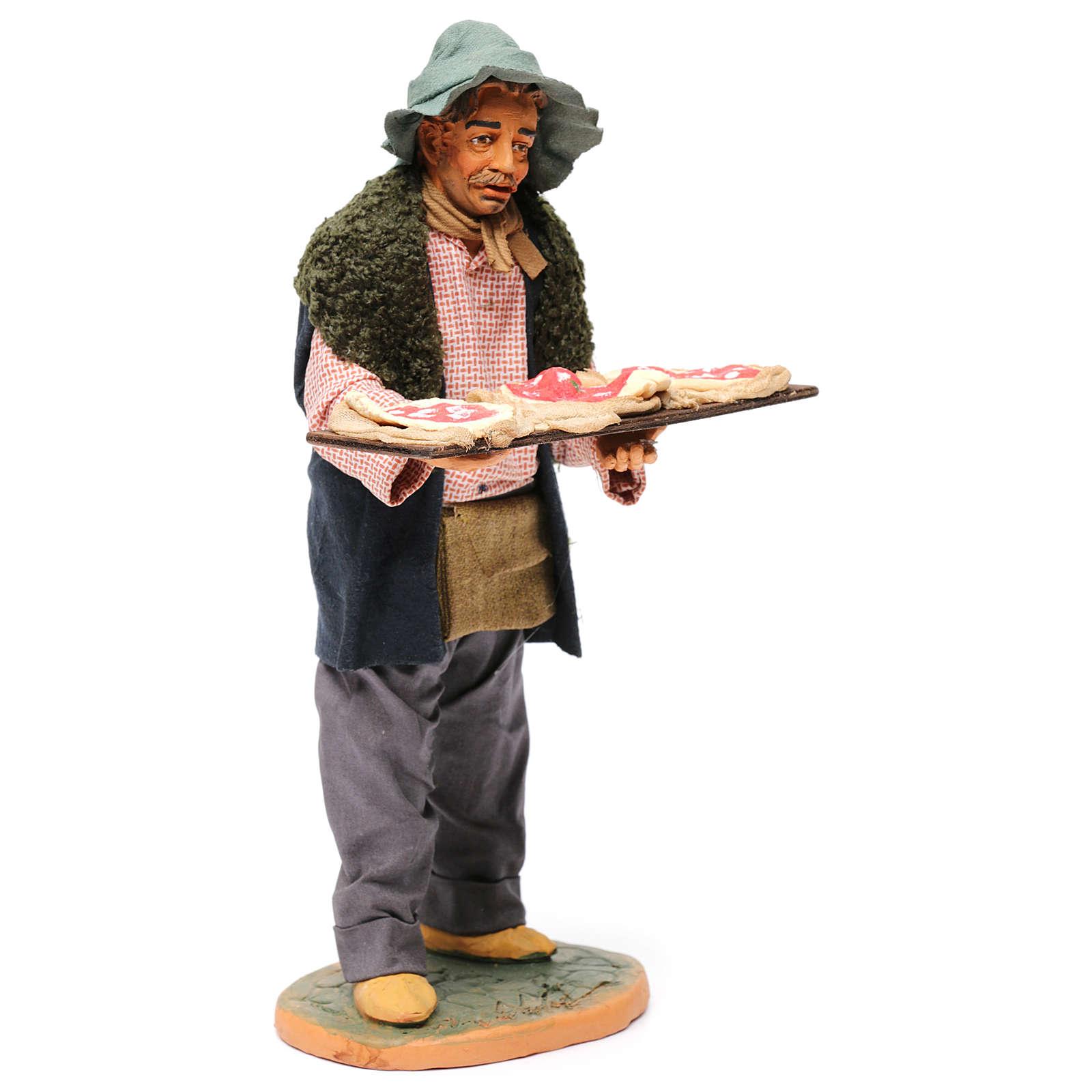 Uomo con le pizze 30 cm presepe di Napoli 4