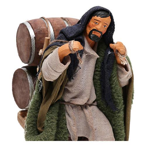 Hombre que lleva barriles madera belén de Nápoles 12 cm de altura media 2