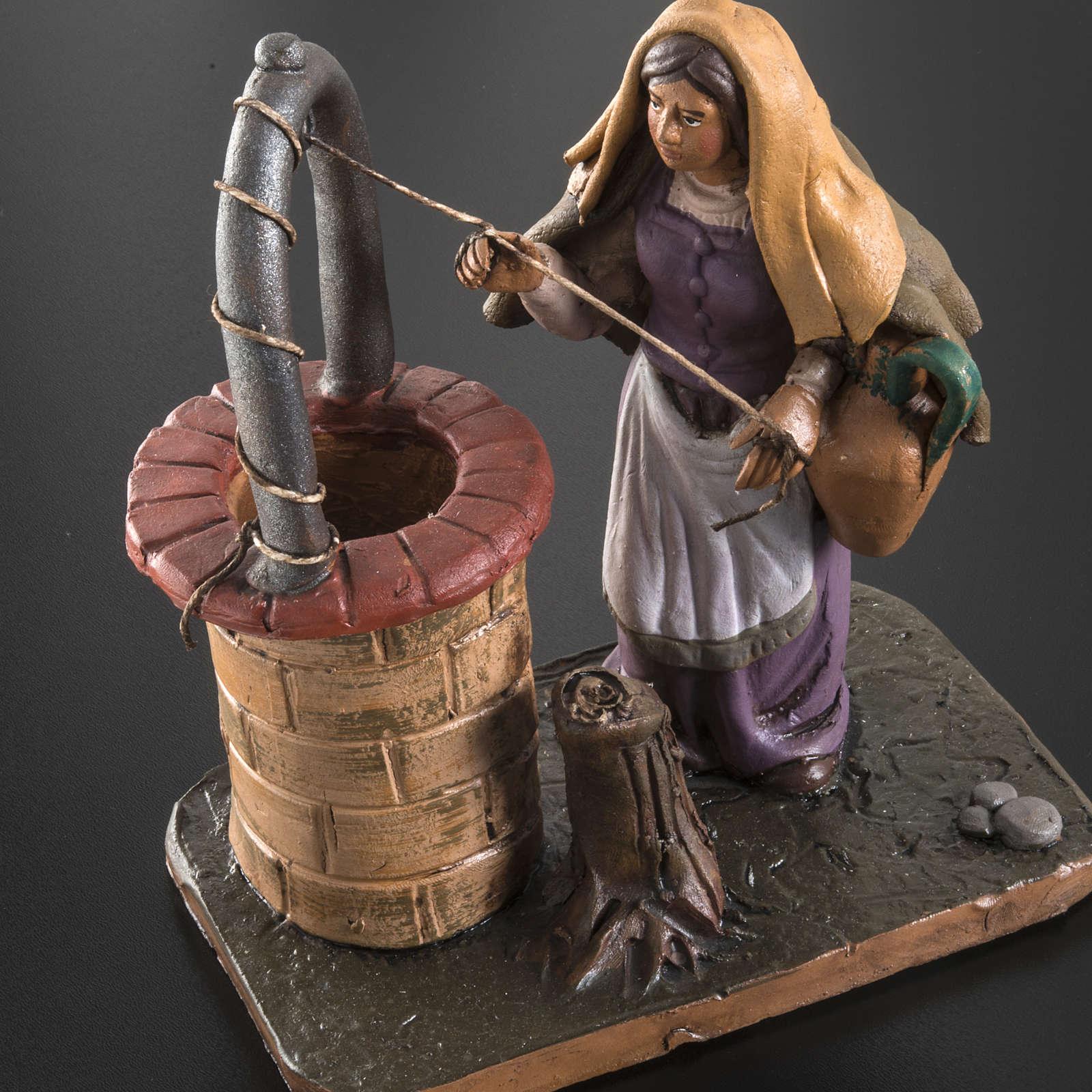 Donna al pozzo presepe terracotta 18 cm 4