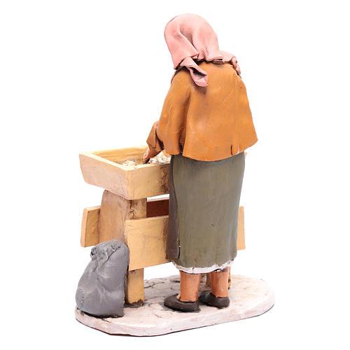 Donna che impasta in terracotta presepe Deruta 30 cm 3