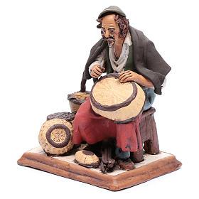 Uomo aggiusta ceste terracotta presepe Deruta 30 cm s2