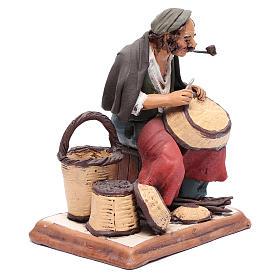 Uomo aggiusta ceste terracotta presepe Deruta 30 cm s4