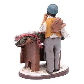 venditore pesce in terracotta presepe Deruta 18 cm s3