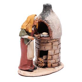 Donna al forno in terracotta per presepe Deruta 18 cm s4