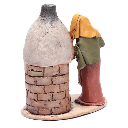 Donna al forno in terracotta per presepe Deruta 18 cm 3