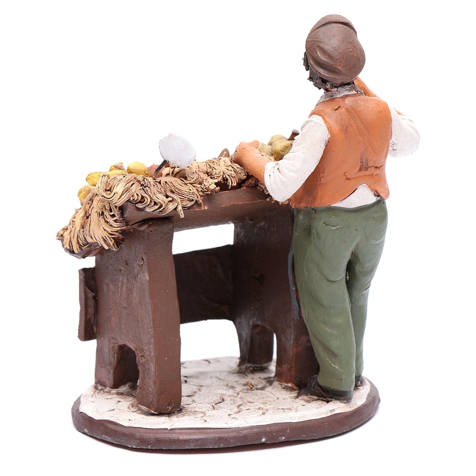 Uomo con banco frutta presepe Deruta 18 cm in terracotta 4