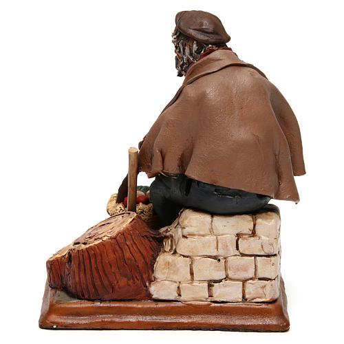 Contadino seduto con zappa presepe Deruta 30 cm terracotta 5