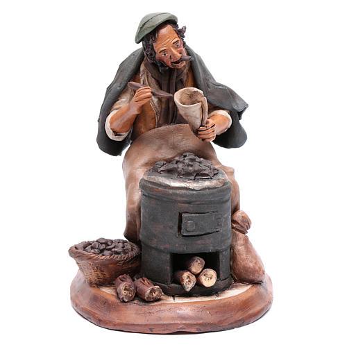 Uomo con caldarroste per presepe Deruta 30 cm terracotta 1