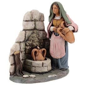 Femme au puits crèche Deruta 18 cm terre cuite s1