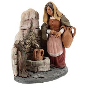 Femme au puits crèche Deruta 18 cm terre cuite s6