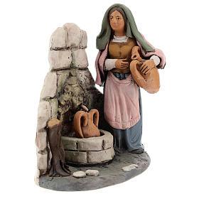 Donna alla fonte presepe  Deruta 18 cm in terracotta s3