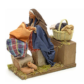Animated nativity scene,  laudress at work12 cm s3