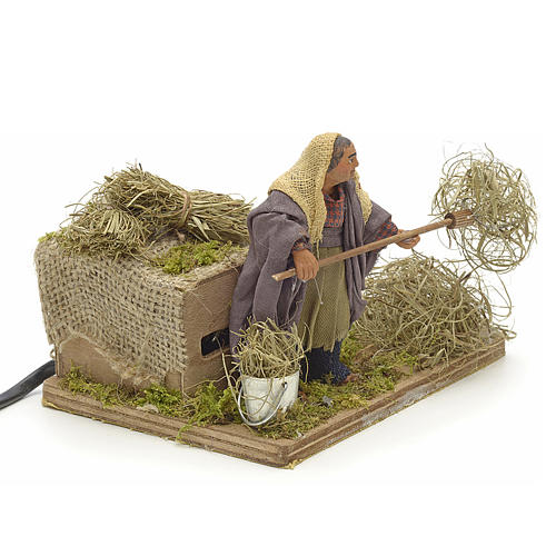 Animated Nativity scene figurine, peasant with hay 10 cm 2