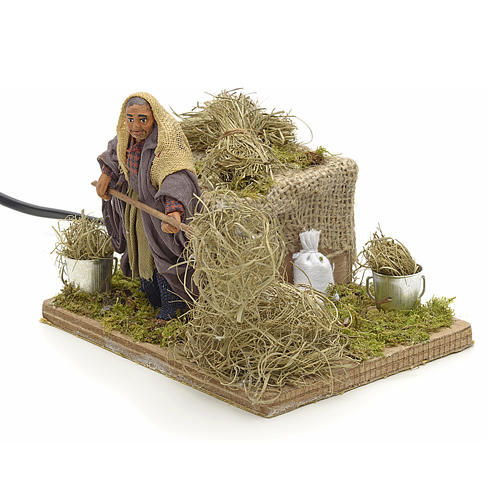 Animated Nativity scene figurine, peasant with hay 10 cm 3