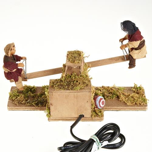 Santons animés, enfants sur balançoire crèche 14 cm 2