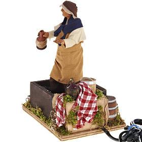 Santon animé, homme qui foule le raisin crèche 14 cm s4