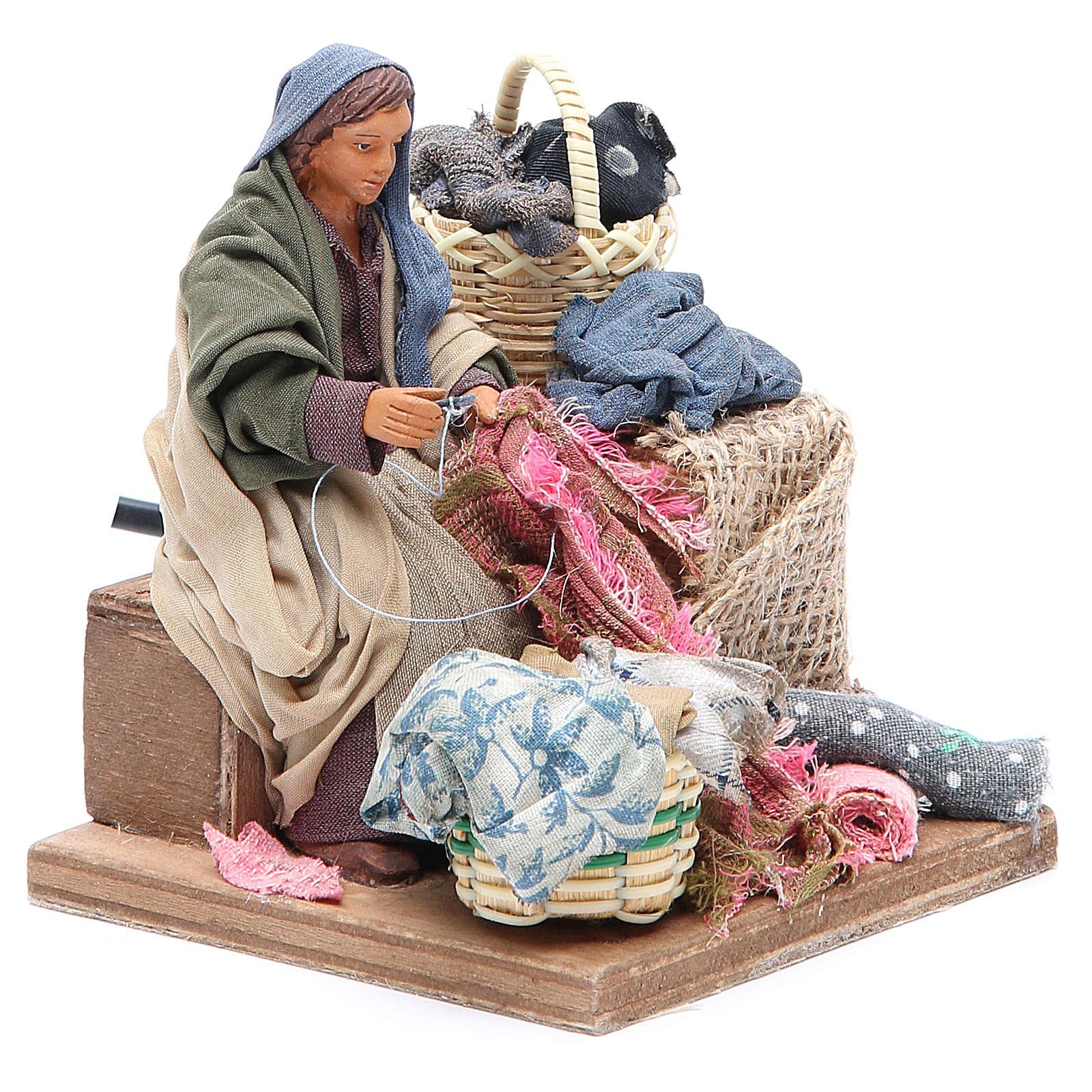 Donna che cuce movimento 12 cm presepe Napoli 4