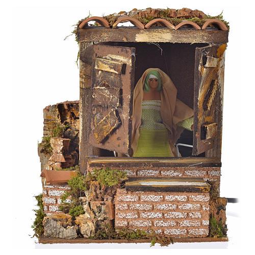Santon animé, femme qui ouvre la fenêtre 12 cm 1