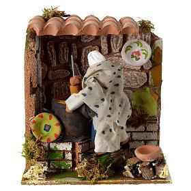 Animated nativity scene figurine, woman cooking 8cm s1