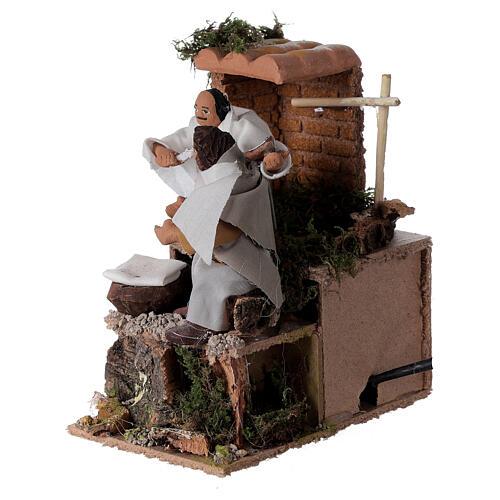 Barber, 8cm animated nativity 9x14x16.5cm 2