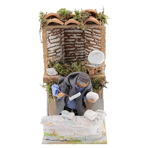 Builder, 8cm animated nativity 1