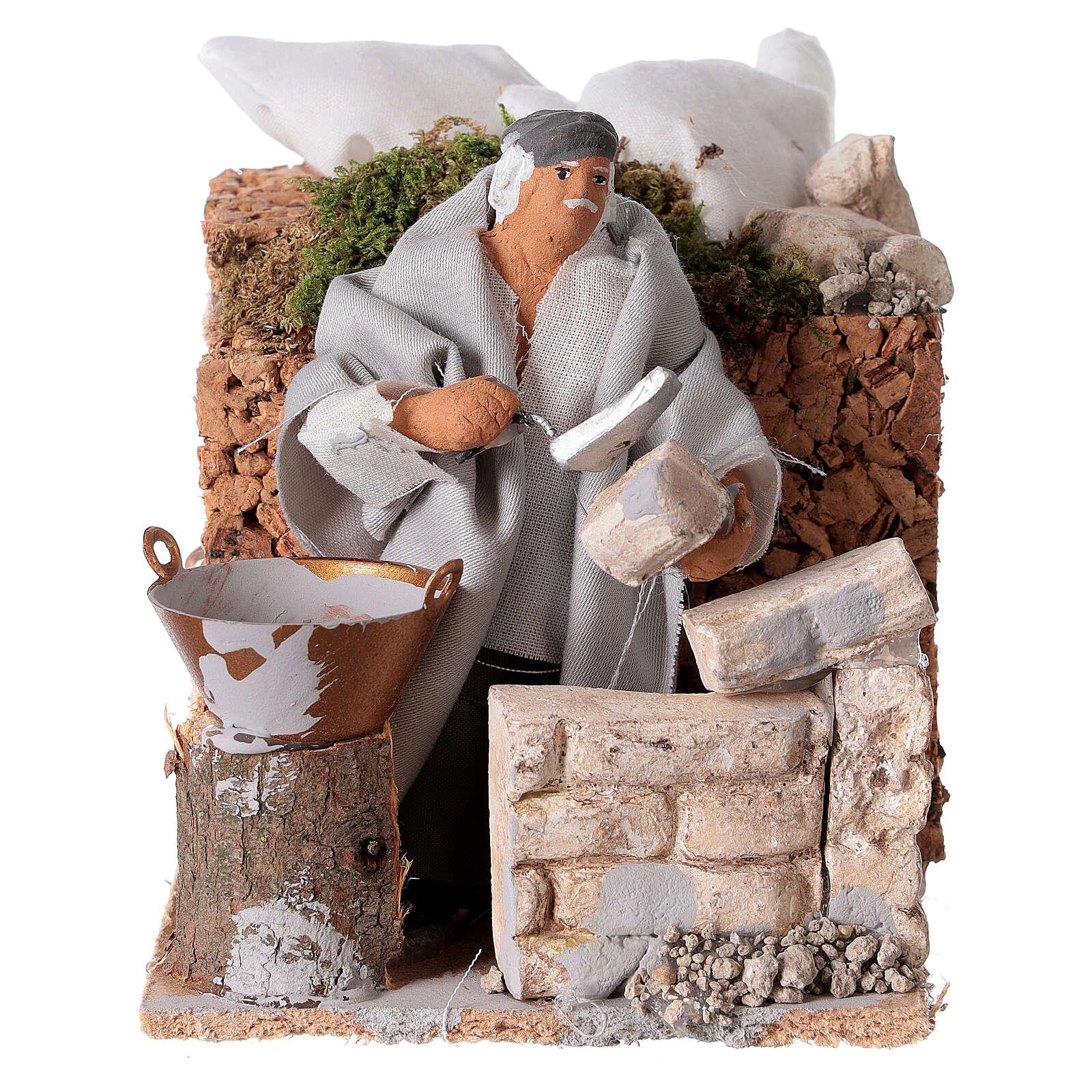 Builder, 8cm animated nativity 3